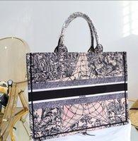 Borsa a tracolla di marca Mini Lussurys Borse Borse Designer Tote Bag 21 Moda Ricamo Lettere di alta qualità Trendy Trendy Temperament Trendy Desgramma