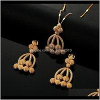Collar Conjuntos Drop Party 2021 Trendy Dubai Jewelry Juego de Joyas para Mujeres Color Oro Etiopian Colgante Collares Pendientes Arabe African Wedd Je