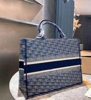 Donne Designer Designer Designer Borse Vendita calda Big Size Shopping Bag Brand High Quality Trendy Trendy Borsa ricamata Signore Classico Borsa a tracolla di grandi dimensioni