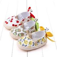 Premiers Walkers Towdler Girl Chaussures Berceau Né Bébé Girls Garçons Bowknot Soft Cherry Print Casual