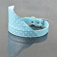 (20 piezas / lote) encantadoras accesorios para mascotas lindos PU cuero regulable perro cachorro gato cuello bufanda bandana collar collares correas