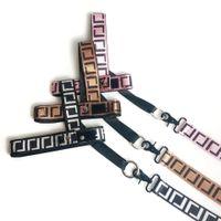 الكلب الياقات المقاود اللوازم أزياء العلامة التجارية مصمم رسائل مطبوعة النايلون قابل للتعديل جرو تسخير حزام المقود الحيوانات الأليفة الجري التدريب قلادة حبل التعادل