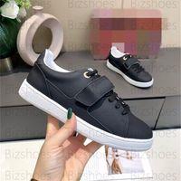 FrontTrow Sneaker Black White Calf Leder Sportschuh Monogramme Runner Frauen Luxurys Designer Sneakers Run Away Trainer