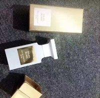 Stokta Sınırlı Sürümü Unisex Parfüm Beyaz Süet Soleil Blanc 50 ml Eau De Papfum Uzun Ömürlü Zaman Güzel Koku Hızlı Teslimat