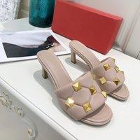 Sandales à la mode Femme Femmes Sandals Big Rivet Design Retro Style vous donne du luxe et du confort, cinq couleurs peuvent choisir un talon haut plat plat