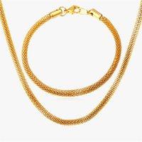 Orecchini Set di gioielli in collana Collana per uomo oro / pistola nera Colore Braccialetto in acciaio inox Catena di collegamento Braccialetto all'ingrosso S192
