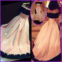 Vinatage Off Shoulder Formal Occasion Evening Dresses Real Photos Lace Appliques Plus Size Bridal Celebrity Prom Party Gowns 2021 Arabic