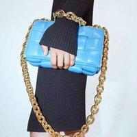 Luxurys Designers moda mulheres bolsas de ombro de alta qualidade tecer travesseiro bolsa bolsa mensageiro bolsas vintage bolsas crossbody embreagem carteira de carteira
