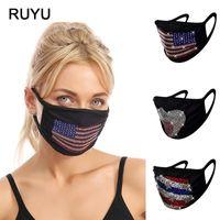 Mascarillas de diseño de moda Colores creativos Protección ambiental Protección de flash Taladro de agua Taladros de agua Color amor colgando oreja paño máscara lavable