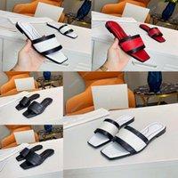 Sandali in gomma da donna di alta qualità Donne Sandali in gomma Spiaggia Fashion Scuffs Pantofole Scarpe da interno taglia EUR 35-45 con scatola 28 Shoe008 16011