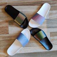 2021 Marca de lujo diseñador para hombre para mujer Slipper Láser Sandalias de verano Sandalias de playa Slippers Sandali Sandali Cuarto de baño Zapatos Classic Brown Print Flower