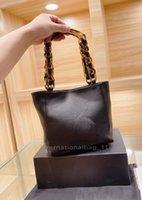 Tortoiseshell chain designer single shoulder bag Women's high quality fashion tote with large volume leather handbag