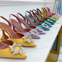 أزياء عالية الكعب صندل إمرأة الأحذية مطرزة القماش حفر زر 9.5cm الكعوب جلد طبيعي وحيد الأحذية بارد حزام الظهر حجم كبير 35-43 النساء الصنادل مع مربع