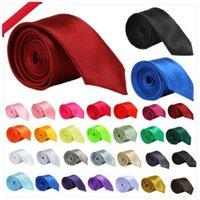 Corbatas sólidas Versión estrecha Corbata 5 * 145 cm Hombres Cuello 28 Colores Ocupacional para el Día del Padre Negocios Men's Lazs Zyy1070
