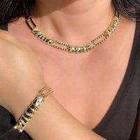 Boucles d'oreilles Collier Brillant Dubaï Gold Bijoux Ensembles pour Femmes Luxe Zirconia Pierre Bracelet Bracelet Bridal Mariage African Set 2021