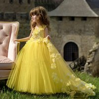 2022 Ball Gown Yellow Tulle Prince Flower Girls Dress For Wedding Kids Toddler Pageant Gowns With Handmade Flowers