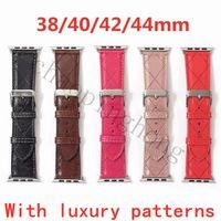 Bracelet de luxe design avec motif gaufré pour bande de montre Apple 42mm 38mm 40mm 44mm IWatch 3 4 5 bandes Remplacer facilement