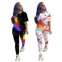 Artı Boyutu Eşofman Grafiti Baskı Eşofman Kadın Kısa Kollu O Boyun T-Shirt Sıkı Pantolon Moda 2 Parça Set Aktif Aşınma Kıyafet