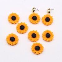 10 stücke 25mm gelbe daisy blume ohrring harz charme flatback cabochon perlen diy handwerk brosche patch handgemachte schmuck zubehör