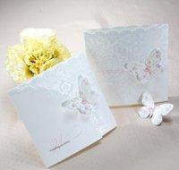 Autres fournisseurs de fête d'événement de gros 50pcslot classique blanc coloré papillon TriFold files d'invitations de mariage cartes avec enveloppes et SE GRO5D