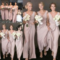 2021 Dusty Pink Bridesmaid Dresses V Neck Ruched Sheath Floor Length Custom Made Plus Size Maid of Honor Gown Country Beach Wedding Guest Party Wear vestidos