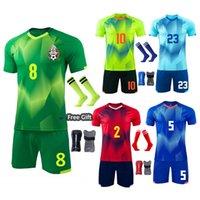 Profissão Sobrevetimento de Futebol Conjuntos Atlet Fotbol Jersey Uniformes Personalizado Homens Juventude Kits de Futebol Jogo de Roupas Meias Shin Pad M8602