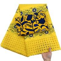 Tissu de dentelle en coton sec d'Afrique de la mode 2,5 + 3 mètres en tissu de cire de haute qualité lacet de voile suisse en Suisse Couleur jaune et bleue