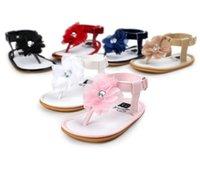 Infantil primeiro caminhantes bebê menina sapatos criança plana sandálias premium borracha macia sola antiderrapante verão flor berço de renda