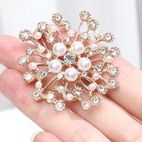 New Fashion Imitation Pearl Rhinestone Crystal Flower Brooches for Women Wedding Bridal Party Round Bouquet Brooch Pin