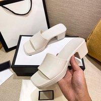 2021 mulheres de luxo sandálias sandálias slipper saltos altos corrediça de borracha plataforma de sandália chunky 2.4 calcanhar sapatos de altura de verão mulheres em relevo flip flops com caixa