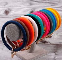 Large Silicone Loop Wrist Keychain Fashion Arm Bracelet Bangle Jewelry Big O Clasp Round Key Wrist Strap Bangles Bracelets wjl4098