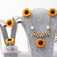 Golden Acrylic Daisy Flower Simulated Pearl Necklace Ring Earring Bracelet Jewelry Sets For Women Gift Fashion Kids Earrings &