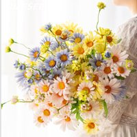 الزهور الزهور اكاليل الاصطناعي 50CM الربيع والخريف ديزي فرع واحد الطازجة الطبيعية الريفية نمط فناء فيلا الزفاف ديكور