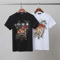 Moda para hombre Tshirts Designers Men T Shirt Black White White Tees Manga corta Casual Hip Hop Streetwear Camiseta ST2108