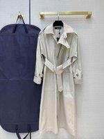 2021 밀라노 활주로 트렌치 코트 옷깃 목 롱 슬리브 브랜드 똑같은 스타일 트렌치 코트 여성 디자이너 코트 0228-16