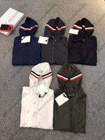 프랜치 럭셔리 브랜드 윈드 브레이커 망 후드 재킷 경량 태양 보호 의류 봄과 여름 자켓 슬리브 팔 NFC 기능 디자이너 남자 s clothings