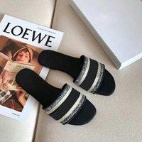 2021 moda paris womens chinelos sandálias verão sandálias de praia flip flops sexy multicolors bordados sapatos florais bordados