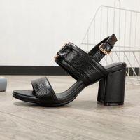 2021 Sommer Party Damen Dicke Ferse Sandalen Promi Design Solide Farbe Gedruckt Leder Sandalen Frauen tragen Sommer High Heels Schuhe