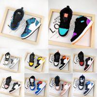 Fashion Enfants Haute Top Sport Chaussure Boy Girl J1 Bottes Basketball Bottes Enfants Cuir Sneaker Jeunes Chaussures de course Enfant Chaussures de jogging en plein air