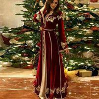 Burgundy Moroccan Caftan Velour Prom Dresses Long Sleeve Saudi Arabia Muslim Evening Gowns Gold Appliques Lace Dubai Women Dress robe de soiree