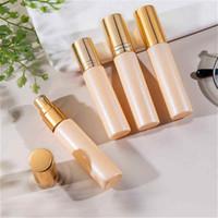 Mini 10 ml de pulverización de perfume boquilla de aluminio Sombreado Rollo recargable en botellas de cuentas de aceite esencial desodorante