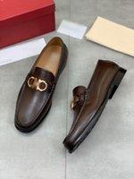 2021 رجل مصمم اللباس الأحذية السوداء البني الجلود جودة عالية فاخرة أزياء الرجال عارضة تو الحفلة الراقصة مساء الحذاء مع المربع الأصلي