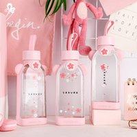 Carino Pink Quadrato Plata d'acqua in vetro Bocciolo di ciliegio Blossom tazza di acqua con copertura in silicone Bottiglie resistenti al calore
