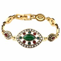 Link, Chain European And American Eye Shape Hollow Inlaid Green Resin Golden Bracelet Retro Noble Temperament Ladies Christmas Gift