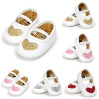 First Walkers 0-18M Born Baby Girl Soft Sole PU Leather Crib Shoes Heart-shaped Anti-slip Sneaker Prewalker