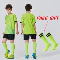 Meias grátis uniforme de futebol crianças meninos jersey sublimation set menina jerseys futebol camisas jersey conjunto esportes uniformemente terno de treinamento