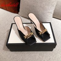 Медицинская цепочка для женщин тапочки натуральная кожа на высоких каблуках насосы Летние сандалии обувь 2021