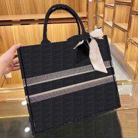 Luxo 3a Qualidade Classic Marca 41,5 cm Bolsa de compras preta azul Bordado de lona grande capacidade de alta qualidade Bolsa de altura do ombro com lenço de seda