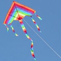 Bunte Regenbogen-Dreiecke Kite Outdoor-Spaß-Sport-Strand Kinder Kinderspielzeug-Stunt-Kite-Brandung ohne Kontrollleiste und -linie