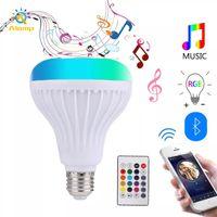 RGBW LED لمبة بلوتوث المتكلم E27 الموسيقى الذكية تلعب المصابيح أضواء ملونة مع 24 مفاتيح البعيد ل بار المنزل ktv حزب ديكور